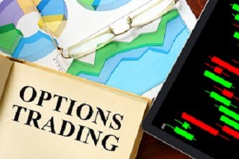 Explaining the differences between trading options and trading futures